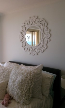 miroir dans les chambres feng shui facile. Black Bedroom Furniture Sets. Home Design Ideas